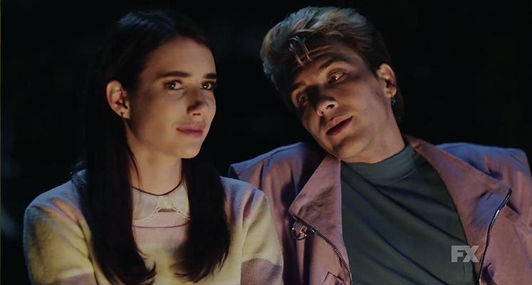 """Morderca jest blisko – nowe plakaty serialu """"American Horror Story 1984"""""""