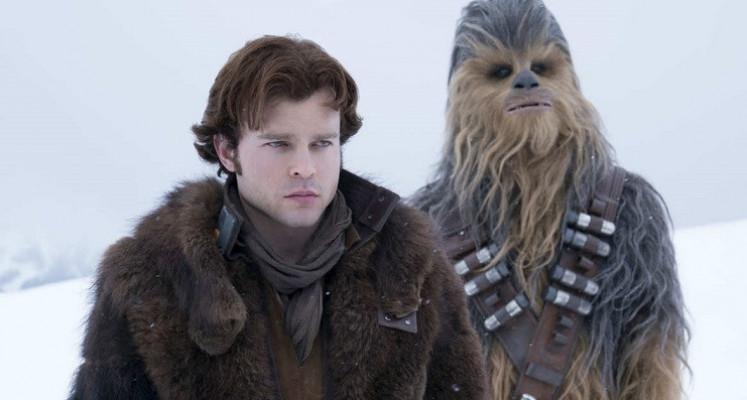 Han Solo i Chewie walczą na śnieżki. Zobacz usuniętą scenę