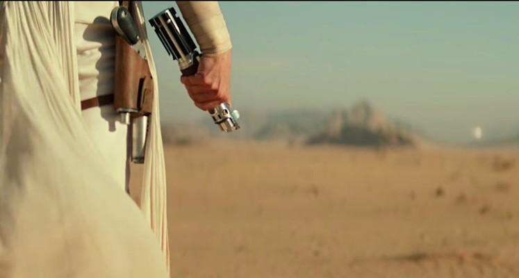 """Rey i Kylo Ren walczą na następnej grafice ze """"Skywalker. Odrodzenie"""". Tym razem na Tatooine"""