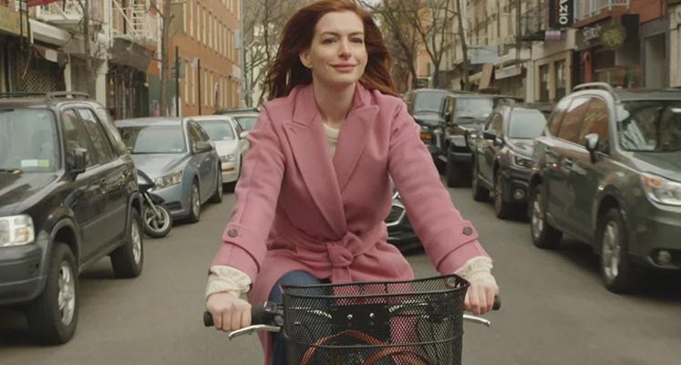 """Anne Hathaway w zwiastunie serialowej antologii """"Modern Love"""""""
