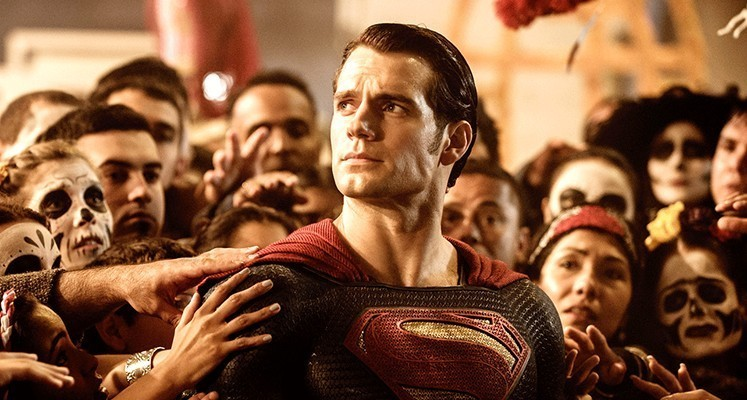 """Henry Cavill najpewniej nie pojawi się w  """"The Flash"""""""