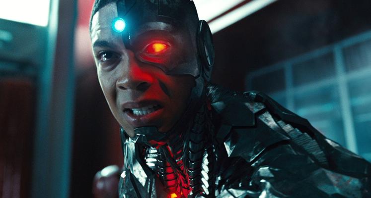 """Ray Fisher potwierdza, że został usunięty z filmu """"The Flash"""" i ponownie oskarża szefów DC Films"""