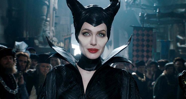 Angelina Jolie przeistacza się w Czarownicę – nowe wideo z procesu charakteryzacji