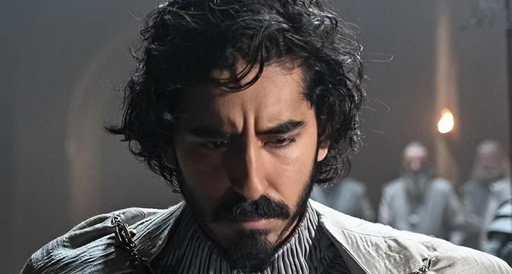 """Dev Patel jako siostrzeniec Króla Artura. Nowe zdjęcia z """"The Green Knight"""""""