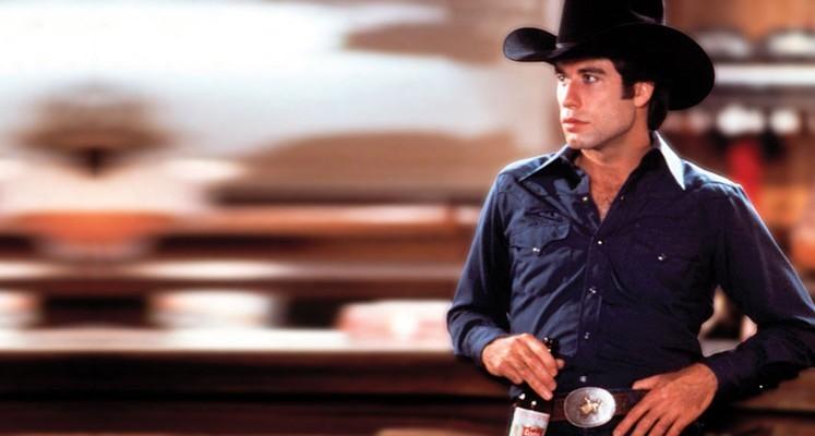 """""""Miejski kowboj"""" z Johnem Travoltąobchodzi 40. rocznicę. Zobaczcie usuniętą scenę"""