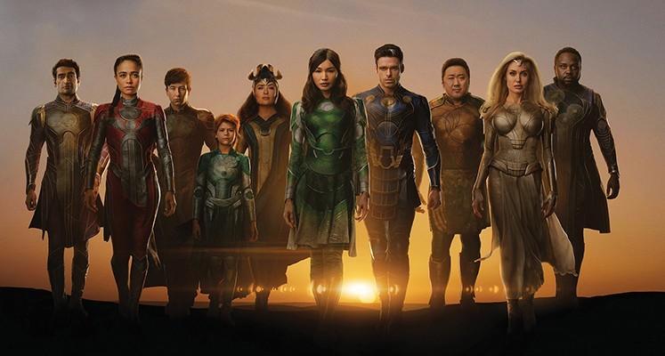 Członkowie grupy Eternals z nowego filmu Marvela na okładkach