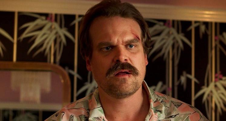 """Pierwsza zapowiedź czwartego sezonu """"Stranger Things"""" ujawnia los Hoppera!"""