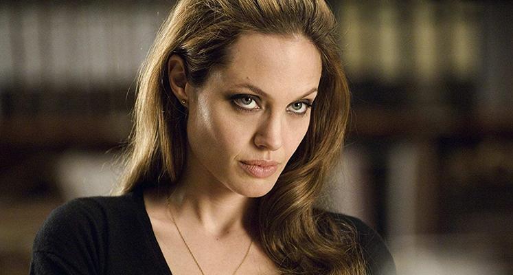"""Angelina Jolie jako bohaterka Marvela. Pierwsze zdjęcia z planu """"The Eternals"""""""