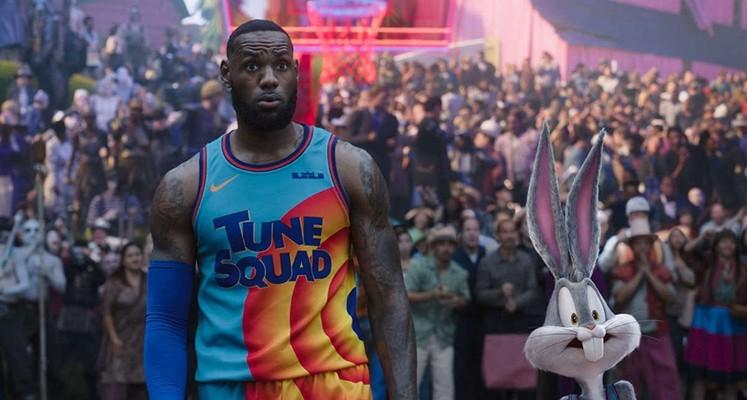 """LeBron James w pełnym zwiastunie filmu """"Kosmiczny mecz: Nowa era"""""""