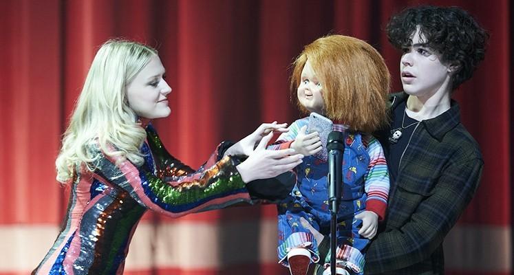 """Oto bohaterowie serialu """"Chucky"""". Pierwszy plakat nowej odsłony horroru"""