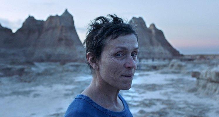 """""""Nomadland"""" bierze wszystko – znamy laureatów Critics' Choice"""