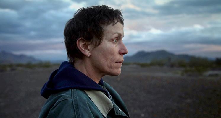 """""""Nomadland"""" – recenzja filmu. Oceniamy oscarowego faworyta"""