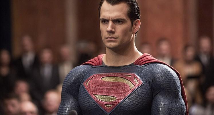 Fan usunął wąsy Supermana i zrobił to lepiej niż Warner Bros.