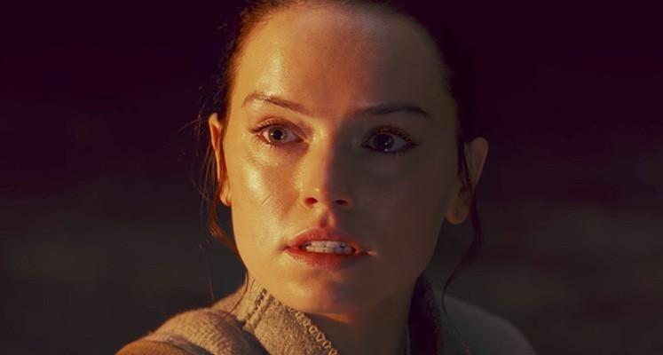 Kylo Ren i Rey na nowych grafikach z nowych Gwiezdnych Wojen