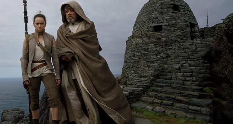 Na planie z Rey - nowy spot filmu Ostatni Jedi i wywiad z Markiem Hamillem