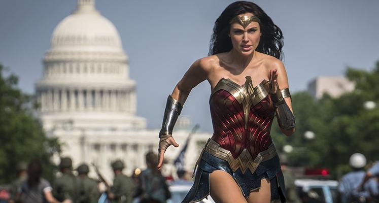"""Gal Gadot jako Diana Prince na nowym zdjęciu z """"Wonder Woman 1984"""""""