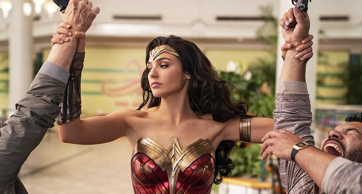 Wonder Woman kontra Cheetah na nowych grafikach promujących film DC