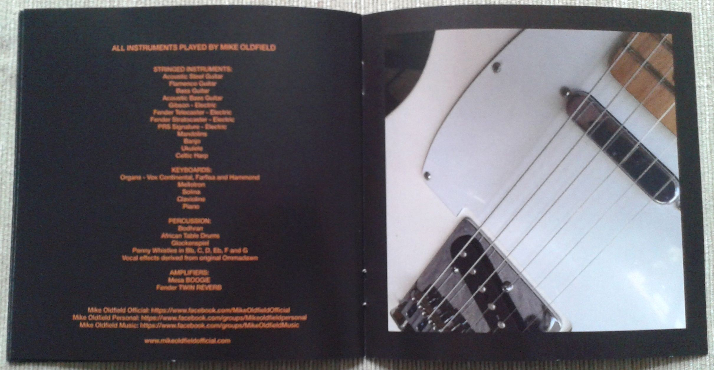10. Return to Ommadawn booklet 6.jpg