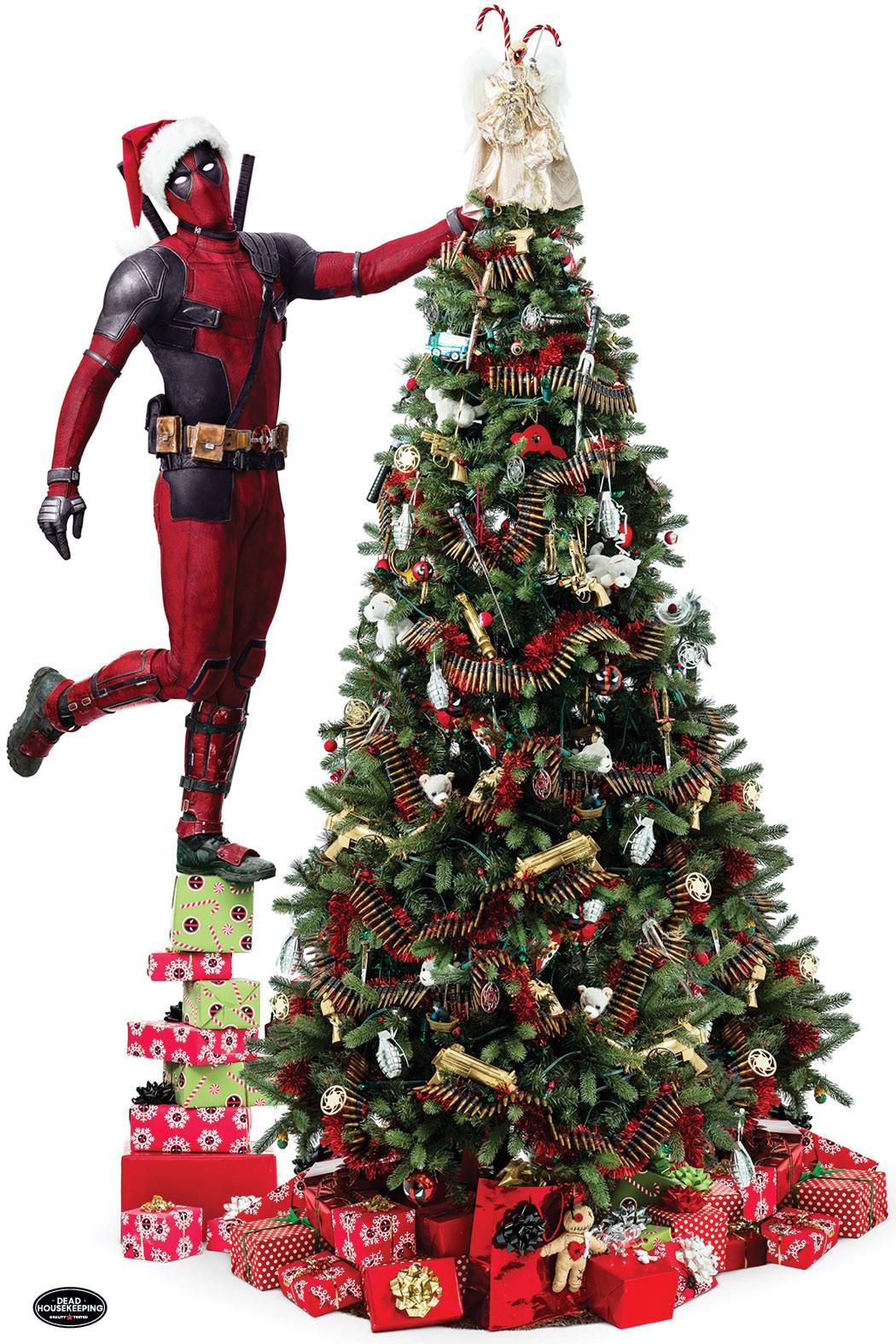1510339739-deadpool-christmas-tree.jpg