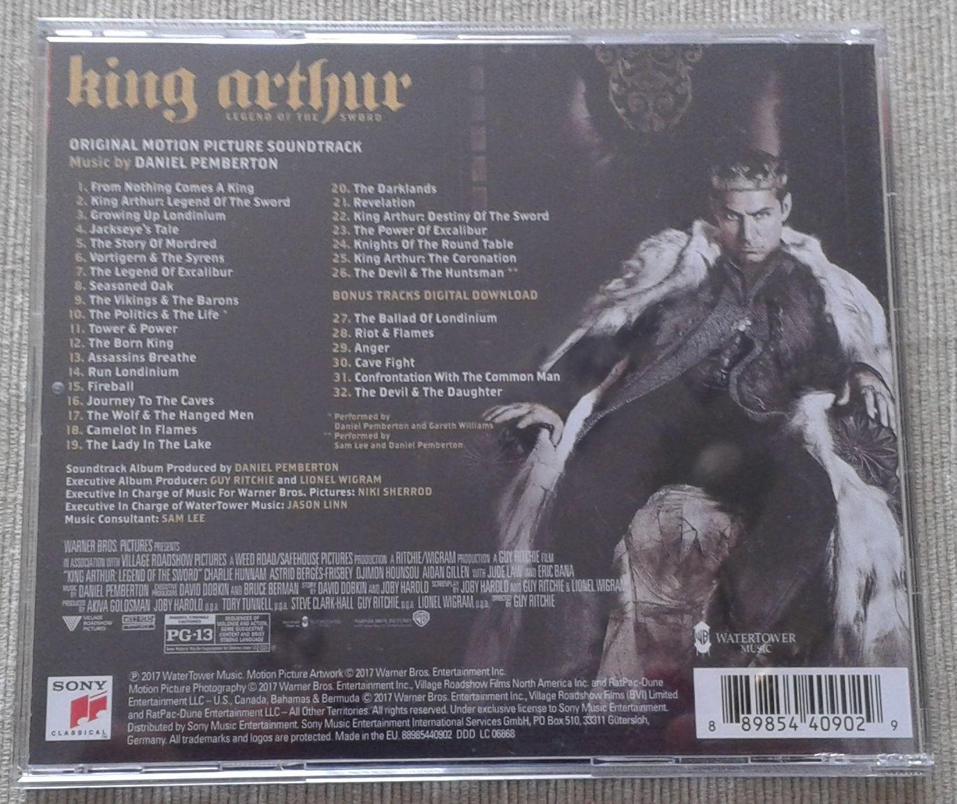 2. King Arthur 2017 tył.jpg