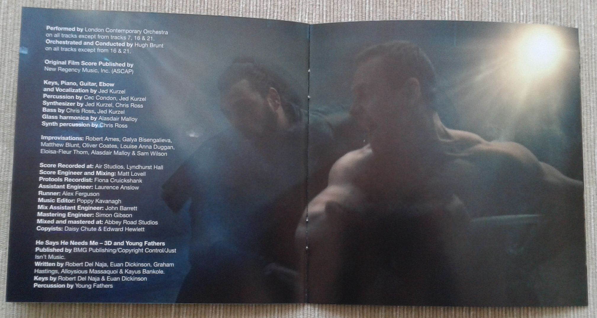 8. Assassins Creed booklet 4.jpg