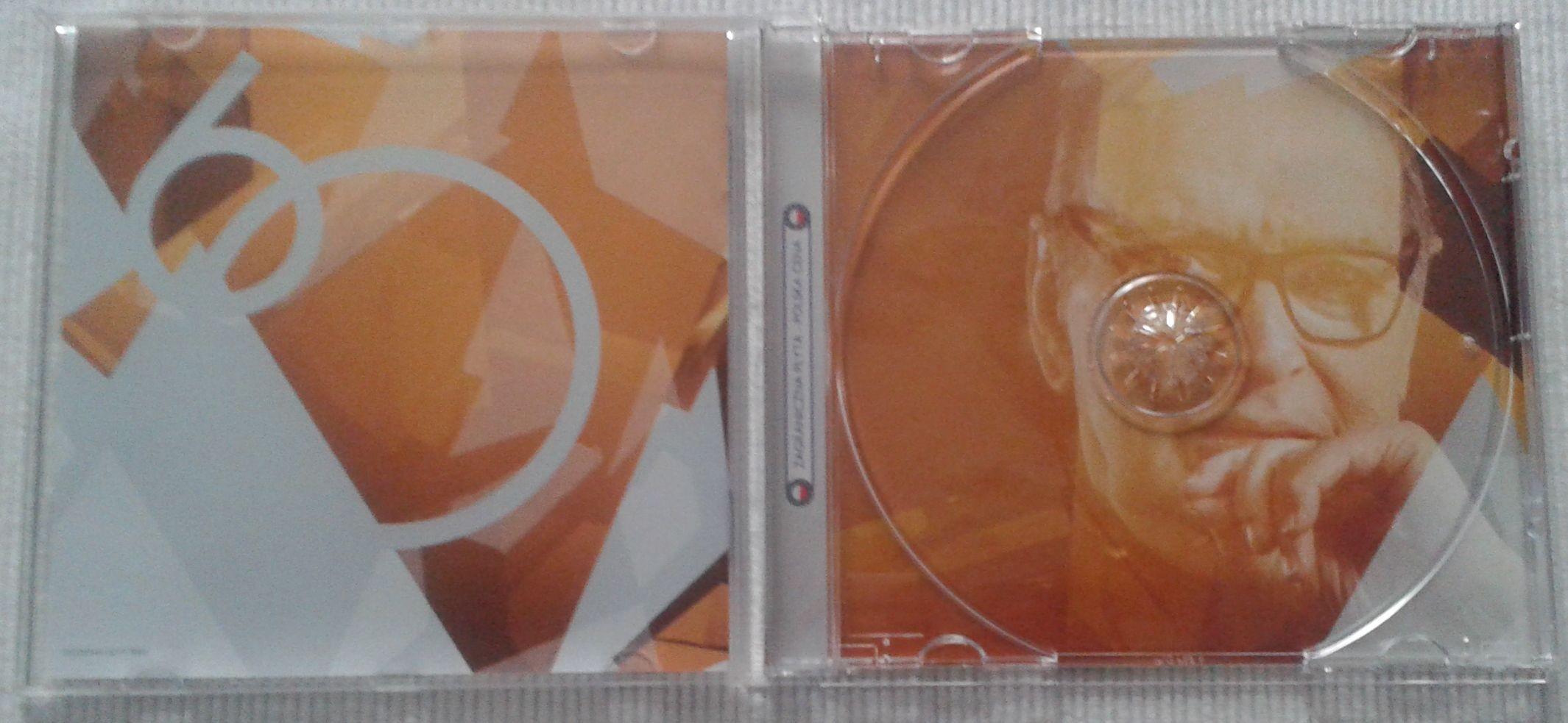 Ennio 60 CD środek.jpg