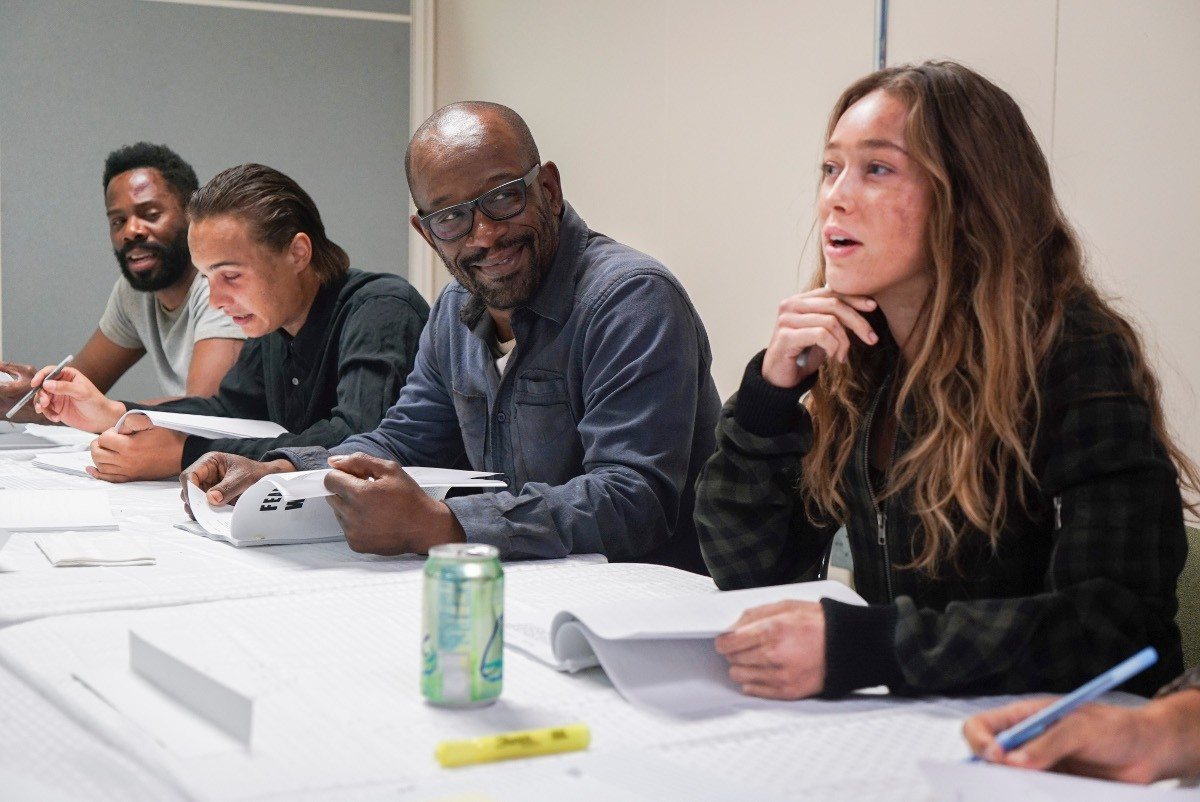 FTWD_Lennie_James_Table_read.jpg