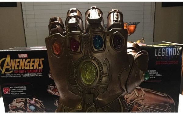 Marvel-_Legends-_Infinity-_Gauntlet-2.jpg