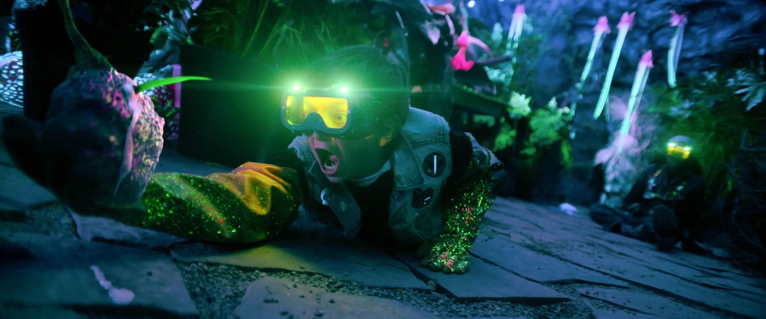 """""""Nightbooks"""" – zobaczcie nowe zdjęcia z familijnego dreszczowca Sama Raimiego od Netfliksa"""