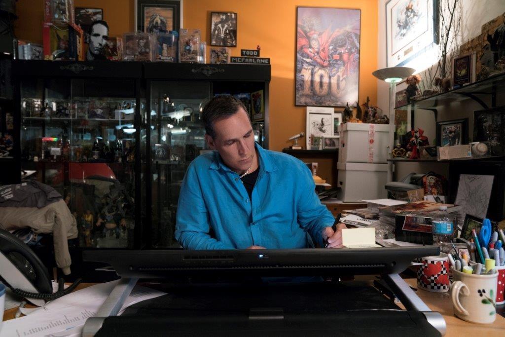 Todd McFarlane- Robert Kirkman Nieznana historia komiksu.jpg