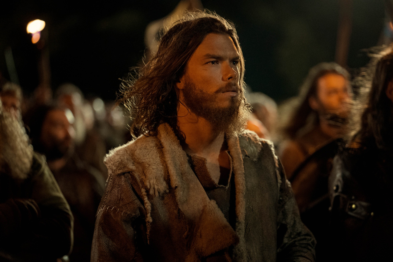 SAM CORLETT jako LEIF w serialu  Wikingowie: Walhalla