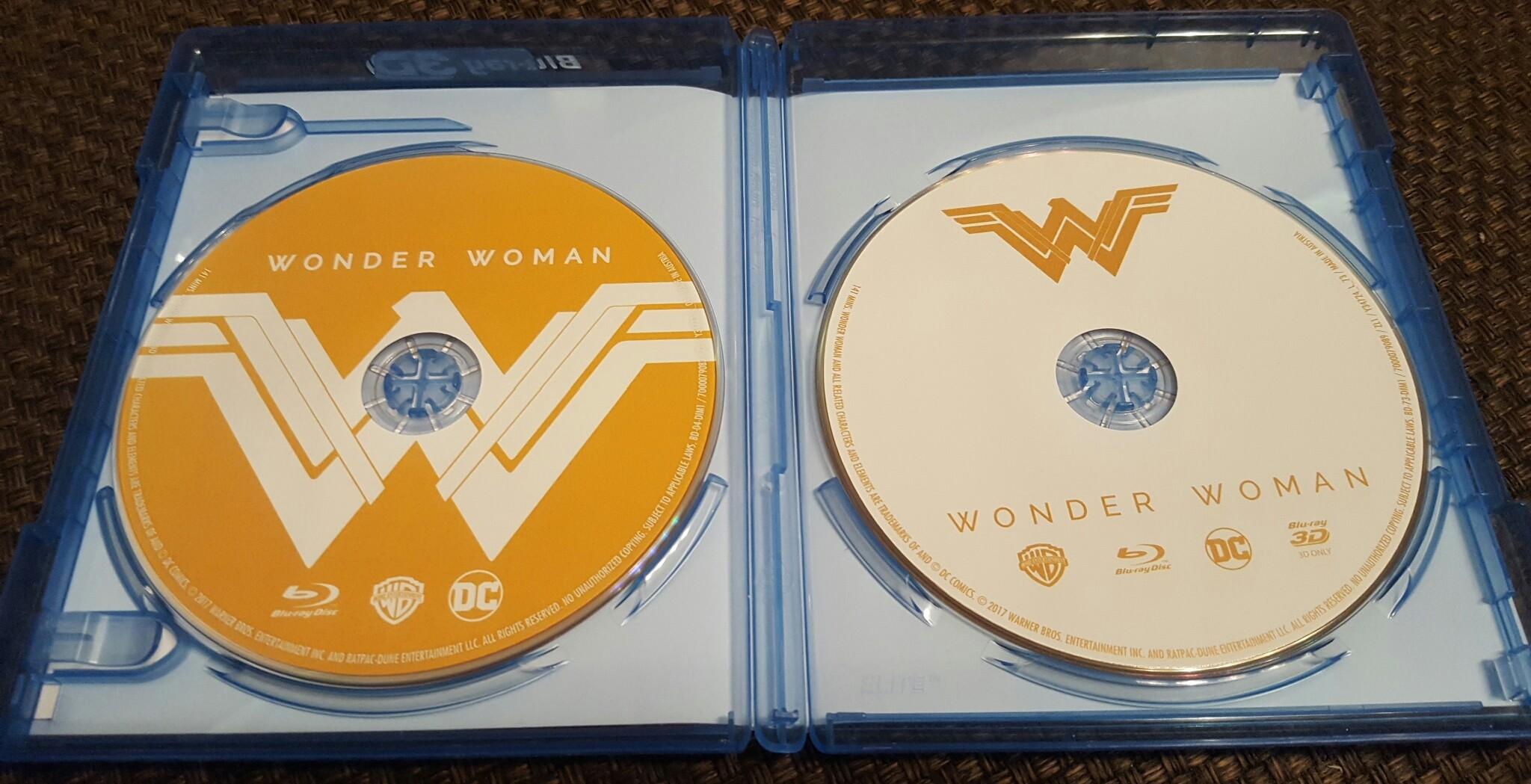 Wonder Woman Środek.jpg